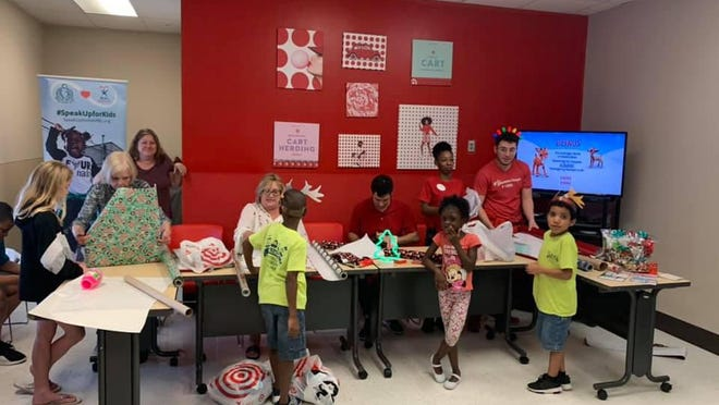 Teens volunteer at Better to Give where foster children picked gifts for their special someone. Speak Up for Kids Palm Beach County recently launched Students Speak Up For Kids to promote positive youth development via community service projects.