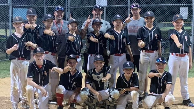 This past weekend the 11U Brown County Outlaws went to Austin and played in the Summer Extreme baseball tournament. The Outlaws finished with a tournament record of 5-0 and beat out 19 other teams to take home the championship. The Outlaws had a team batting average of .405 and outscored their opponents a total of 49-22 throughout the tournament. Back Row (coaches) Jason Duncan, Richard Sweaney, Trey Massey;  Middle Row (players) Harrison Sweaney, Connor Bible, Landon Brandstetter, Carter Massey, Kasyn Wooten, Bennett Windham, Raven Prado, Dylan Current;Front Row (players) Braiden Brown, Jaxon Duncan, Ethan Prochaska, Calder Damron, Bryson Wright.