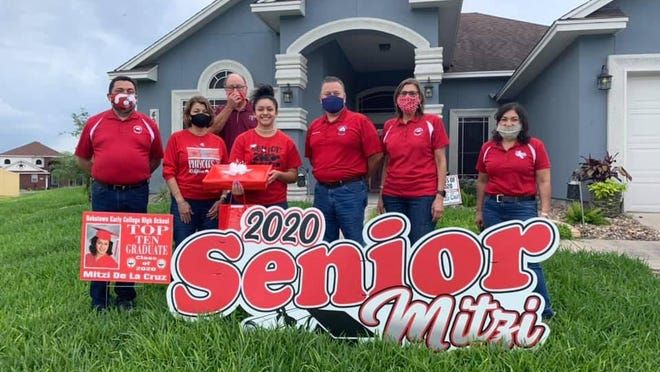 The Robstown Independent School District Administration made house calls today and surprised the Top Ten Graduates from the Robstown Early College High School.