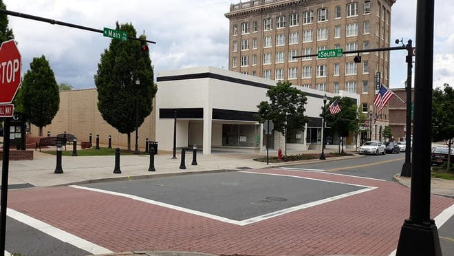 The site of WhiskGars near the intersection of West Main Avenue and South Street in downtown Gastonia.