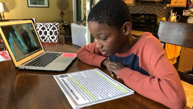 Many parents are uneasy about returning to school virtually.