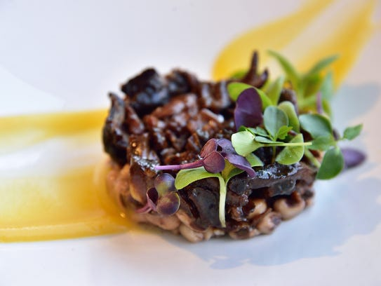 Braised lamb neck, black-eyed peas, date honey, delicata