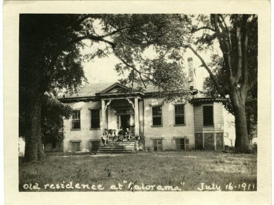 """A Filson Historical Society photo from 1911 identifies this house as the """"old residence at 'Kalorama.'"""""""
