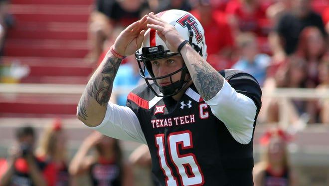Texas Tech Red Raiders quarterback Nic Shimonek.