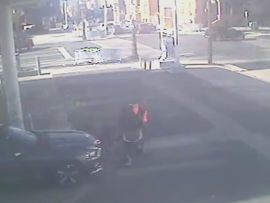 635881313828305004-monk-philly-robbery.png