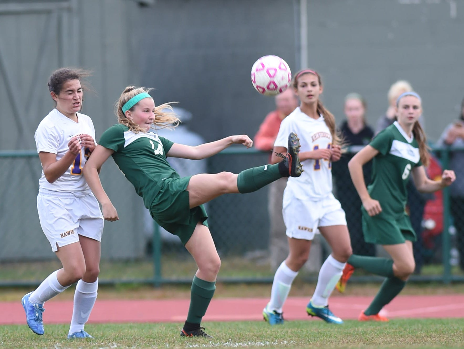 Spackenkill High School's Katie Lilli controls the ball against Rhinebeck on Oct. 14.
