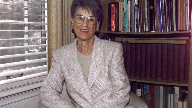 Former Missouri Lt. Governor Harriett Woods at her home in University City in 1999.