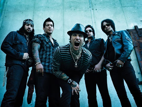 Buckcherry gives modern rockers something to sing to