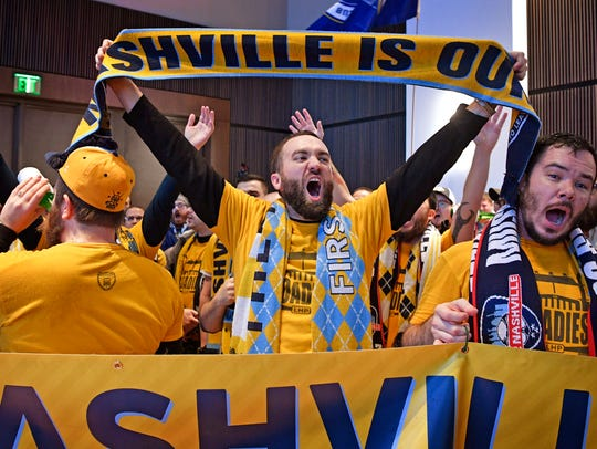 Kyle Mountsier shows his pride for Nashville as members