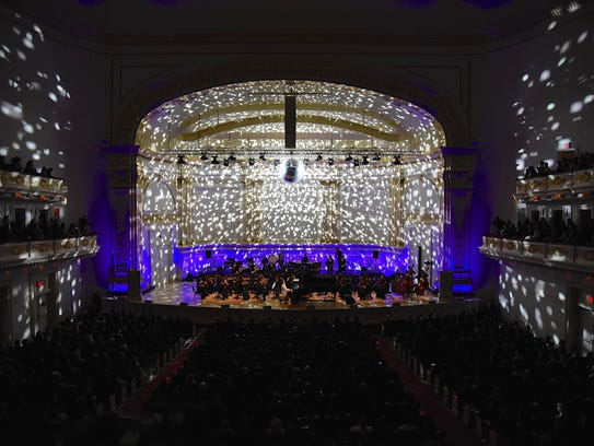 Yoshiki and the Tokyo Philharmonic Orchestra performed