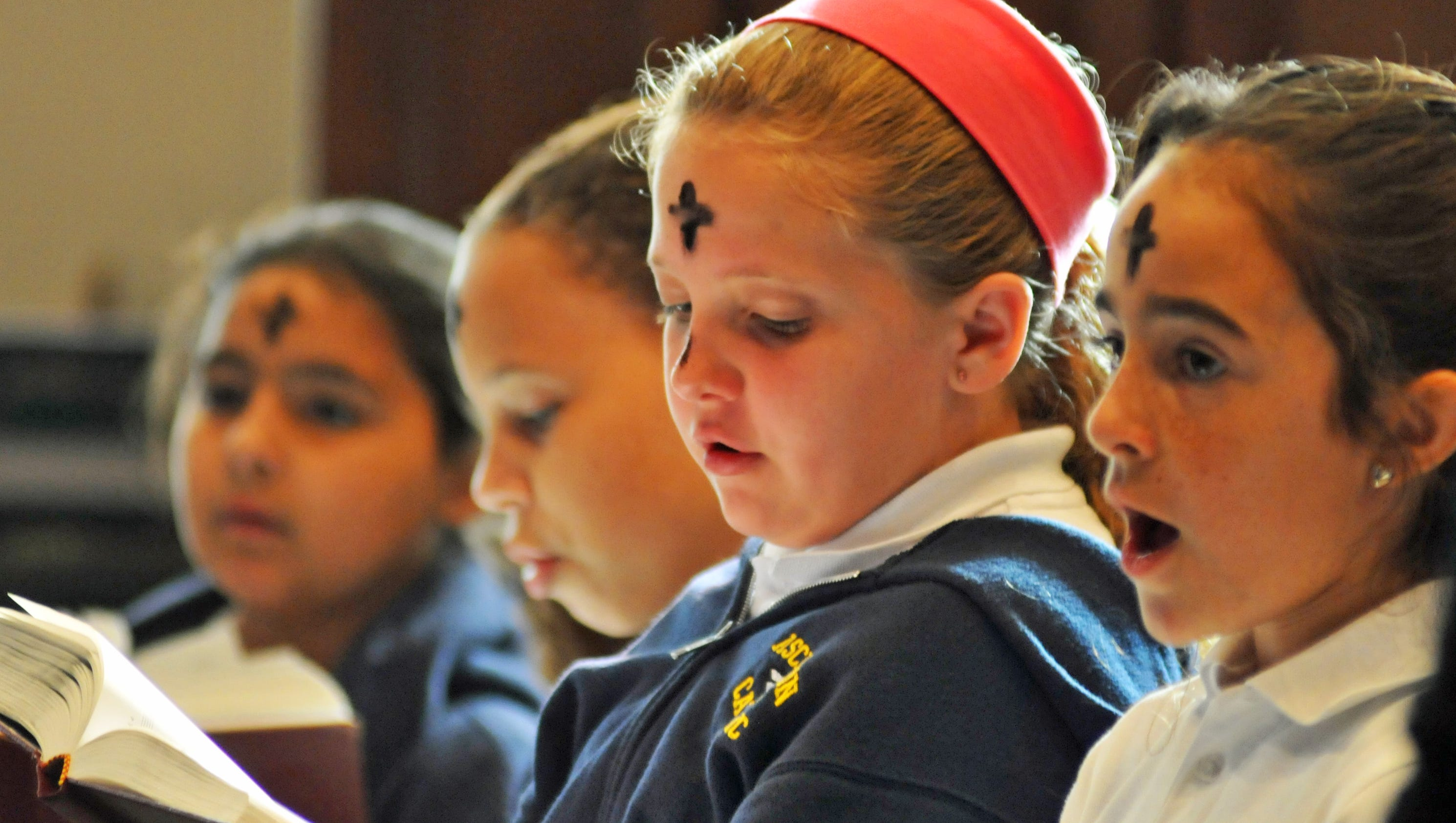 ash single catholic girls Affording catholic education we understand the sacrifices families make in order to send their child(ren) to a school that models their values, and instills faith in their everyday life.