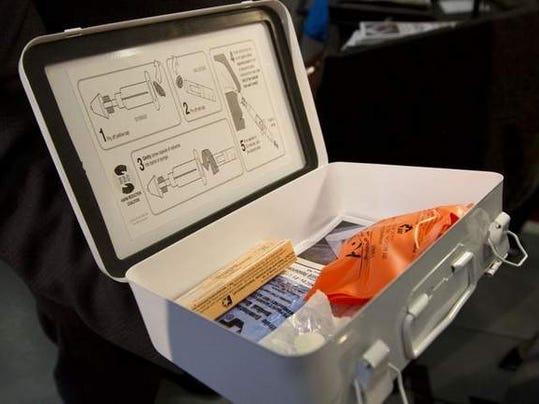 narcan kit.jpg