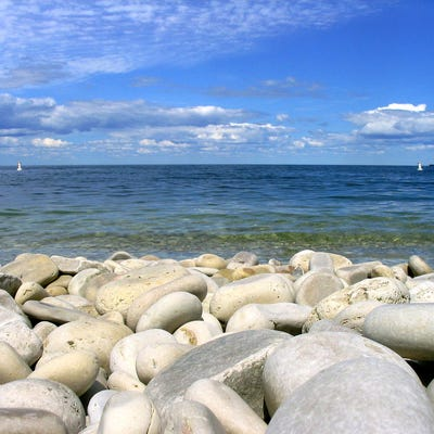 The best pebble beaches across the usa for Nice beaches in usa