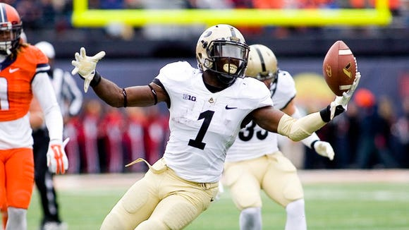 Purdue running back Akeem Hunt is unable to catch a pass in the game against the Illinois Fighting Illini at Memorial Stadium.