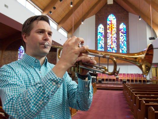 635954812696690777-Pastor-Winans-trumpeter-01.jpg