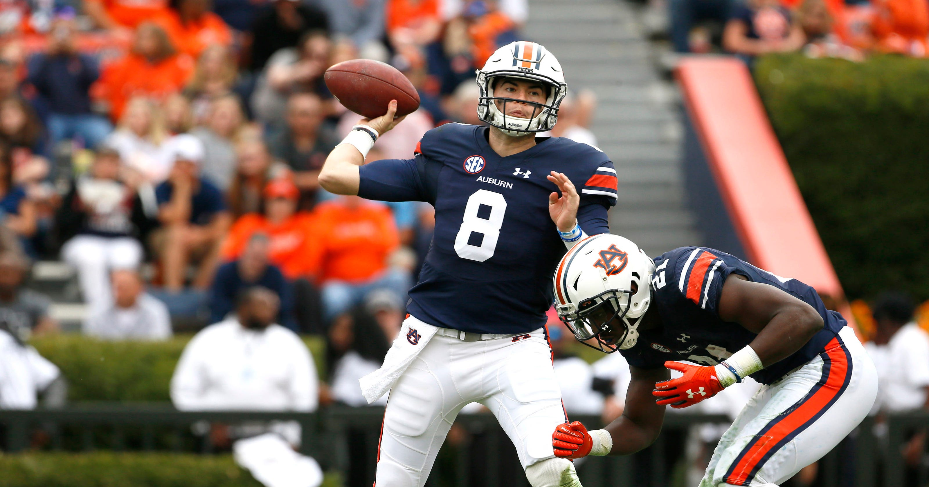 Peach Bowl preview  Auburn vs. UCF 8c7186da6