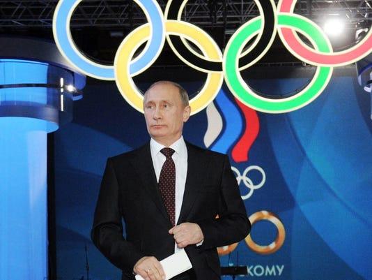 636050835542522328-CPO-AP-072716-Putin-Oly.jpg