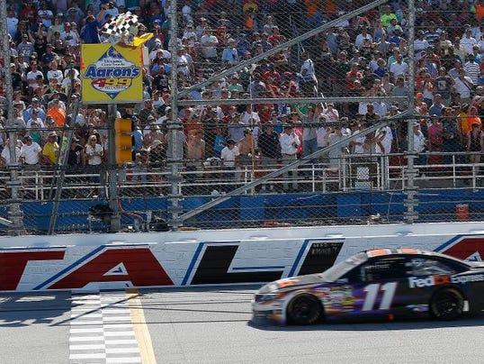 NASCAR Aarons 499 Aut_Mars.jpg