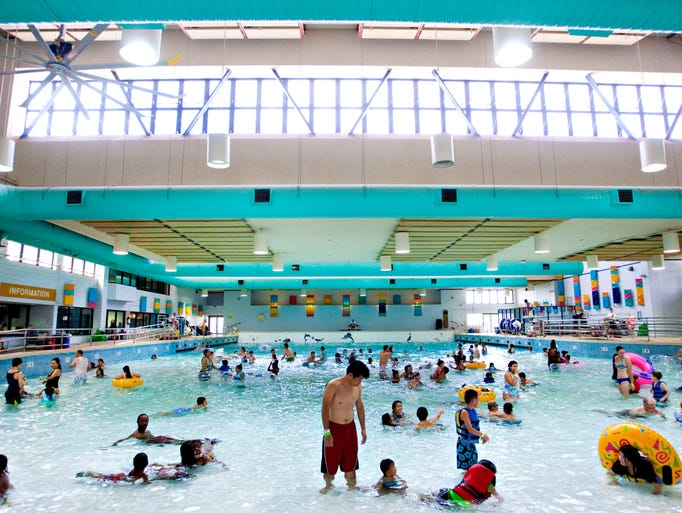 21 East Valley Public Pools Make A Splash In Chandler Mesa Gilbert And Tempe