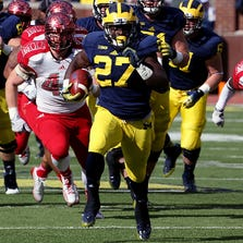 Michigan running back Derrick Green