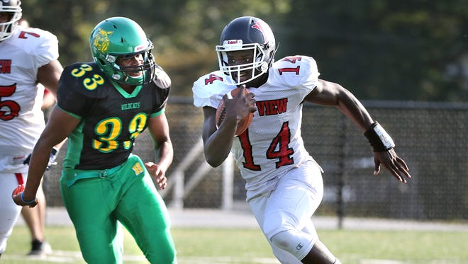Milwaukee Bay View's Isiah Wright, shown here in against Milwaukee Hamilton in Week 5, ran for a career-high 341 yards against Milwaukee Marshall Friday.