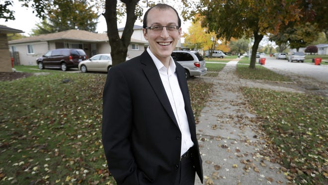 With the election Tuesday, polls say undecideds like Moshe Sherizen of Southfield are few. But in a close race, their votes could prove decisive.
