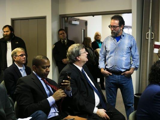 board-hearing01.jpg