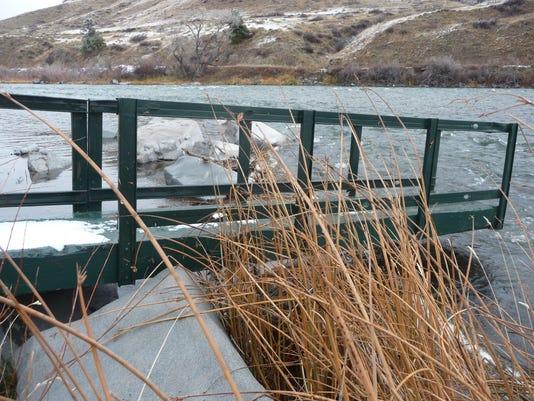 -missouri river dock.jpg_20141215.jpg