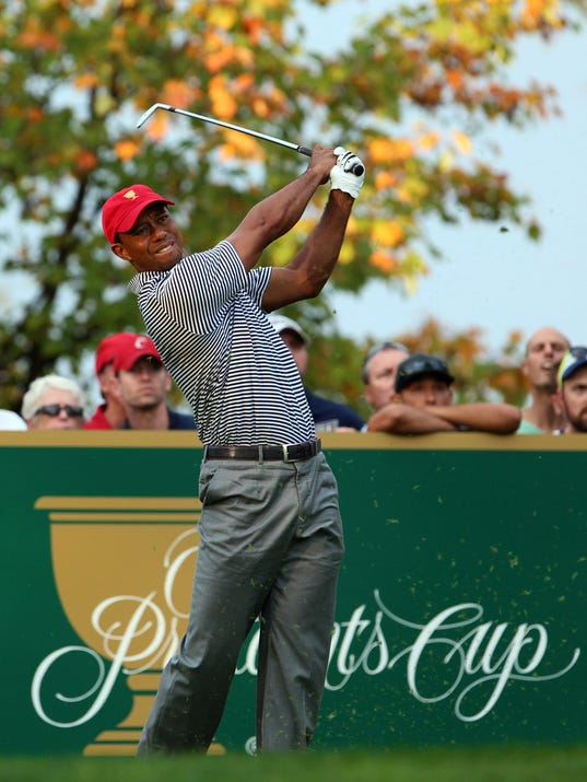 2013-10-4 tiger woods on 8