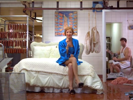 Bethany Woodruff in Poo-Pourri ad