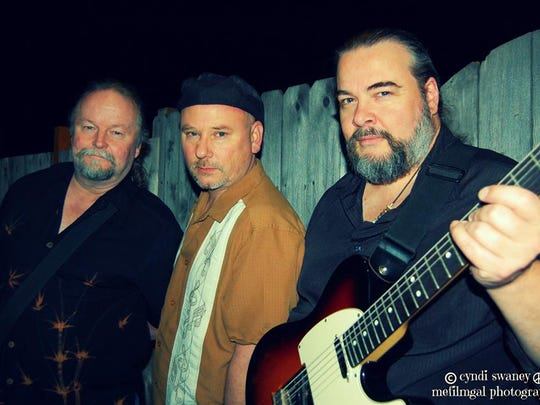 The FlexTones will kick off the Keizer Iris Festival with life music 7 to 10 p.m. Thursday, May 19.