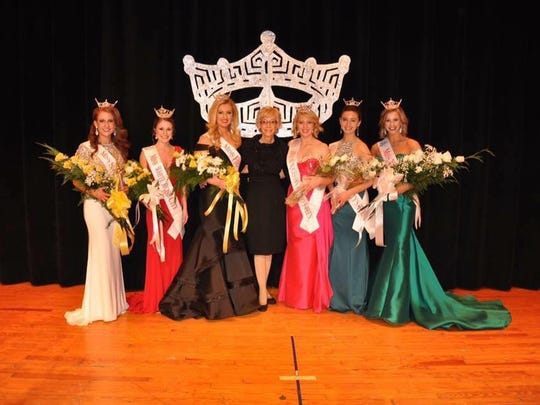 Jennah Motter of Hanover is crowned Miss York County 2017 on Jan. 28.
