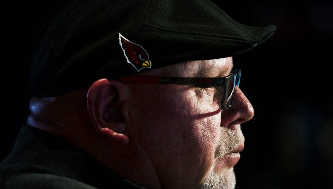 Arizona Cardinals head coach Bruce Arians is interviewed at Steak 44 restaurant May 10, 2017. Arians will be holding his third annual fundraiser on May 22 at the Phoenix restaurant.