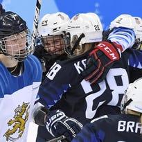 U.S. women's hockey team back in gold medal game
