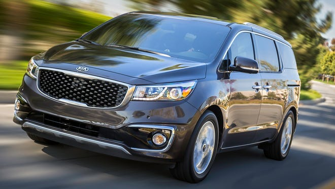 Kia hopes its new 2015 Sedona will succeed with looks that are more like a crossover SUV.