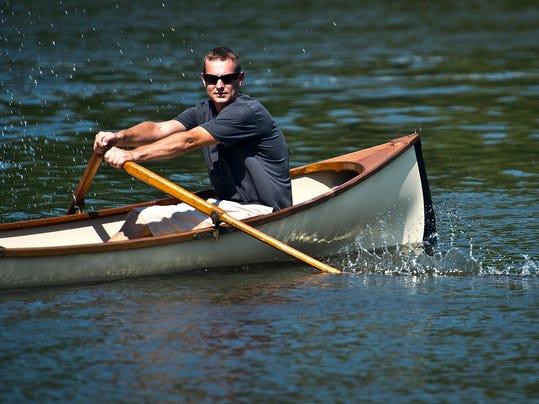 BUR20150714guideboat1