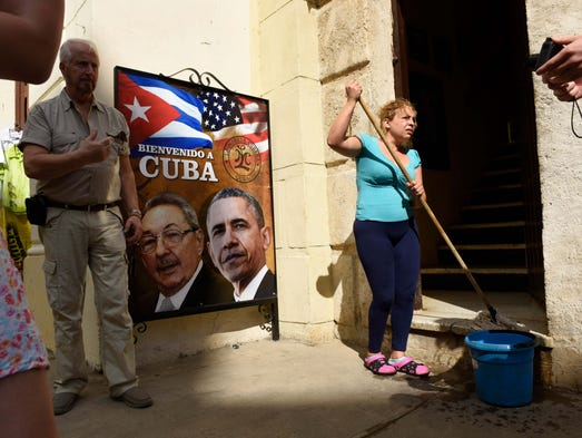 Havana workers and residents prepare for the President