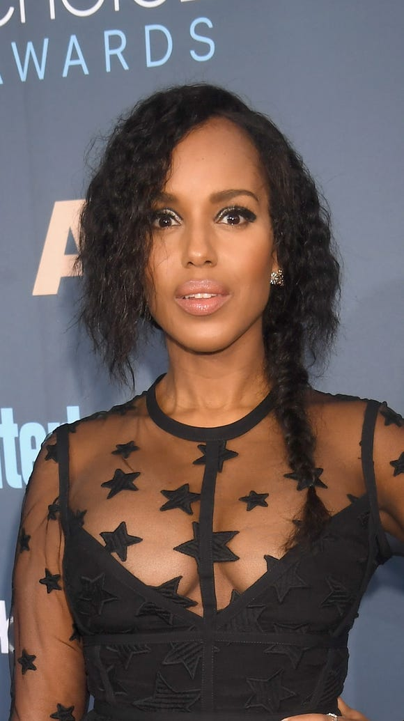 Kerry Washington embraced her natural texture.