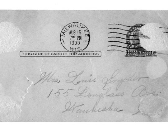 On the back of this penny postcard to her daughter, Margaret Redig shared the family spice cake recipe.
