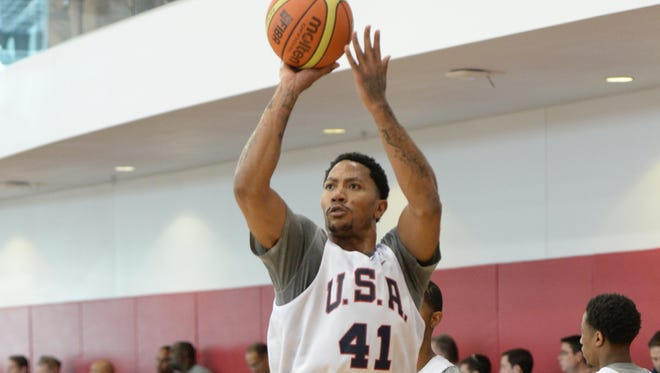 Derrick Rose works out with Team USA, in his first on court action since an injury last fall.