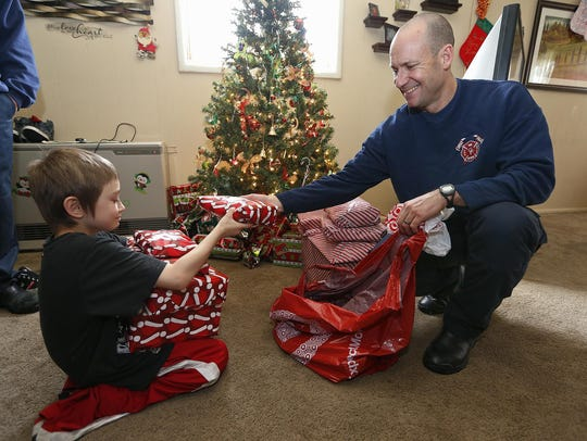 Great Falls Fire/Rescue Capt. B. Jay Perry gives Journey
