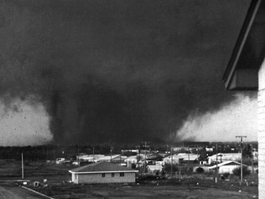 636287329545030768-79-Tornado-Copyphoto.jpg