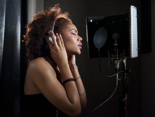 Willingboro singer Sunnie Allen