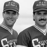 Will Clark (left) and Rafael Palmeiro were featured in an ESPN documentary.