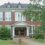 Cheatham County Courthouse.