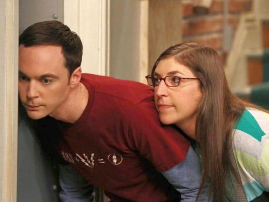636410816143109194-NICK.6.-Sheldon-Jim-Parsons-and-Amy-Mayim-Bialik-in-The-Big-Bang-Theory---CBS-Chuck-Lorre-Productions.jpg