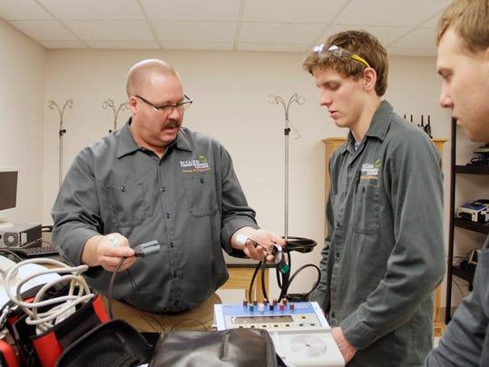 STC 0518 Technician Program 001.JPG