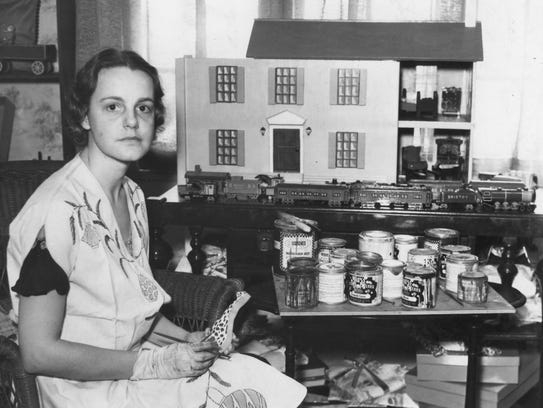 Russell Briscoe and his wife, seen here, built toys during the Great Depression, as seen here.