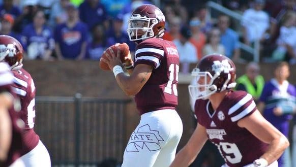 Mississippi State Bulldogs quarterback Dak Prescott