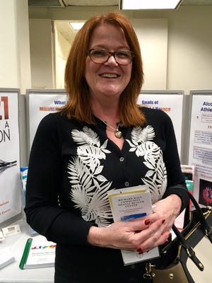 Joan Bannan Harris, who advocates for mental health awareness and supports Ridge High School sports programs, will receive the Eleanor Roosevelt Volunteer Service Award this year.